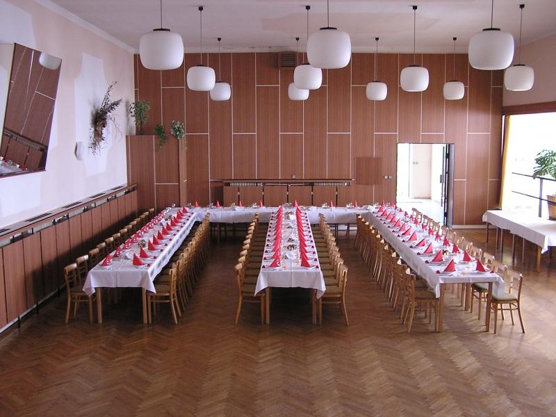 Obecní sál