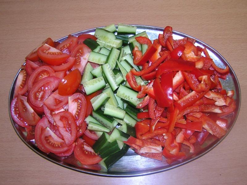 Krájená čerstvá zelenina